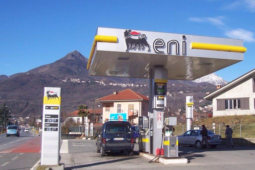 Ceny paliwa we Włoszech są niższe poza autostradami o około 0,20 euro na litrze
