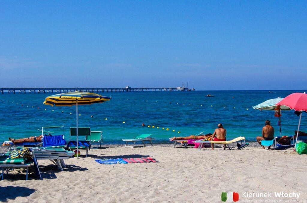 Plaża Pietrabianca / Spiaggia Pietrabianca, Vada, Toskania, Włochy (fot. Łukasz Ropczyński, kierunekwlochy.pl)