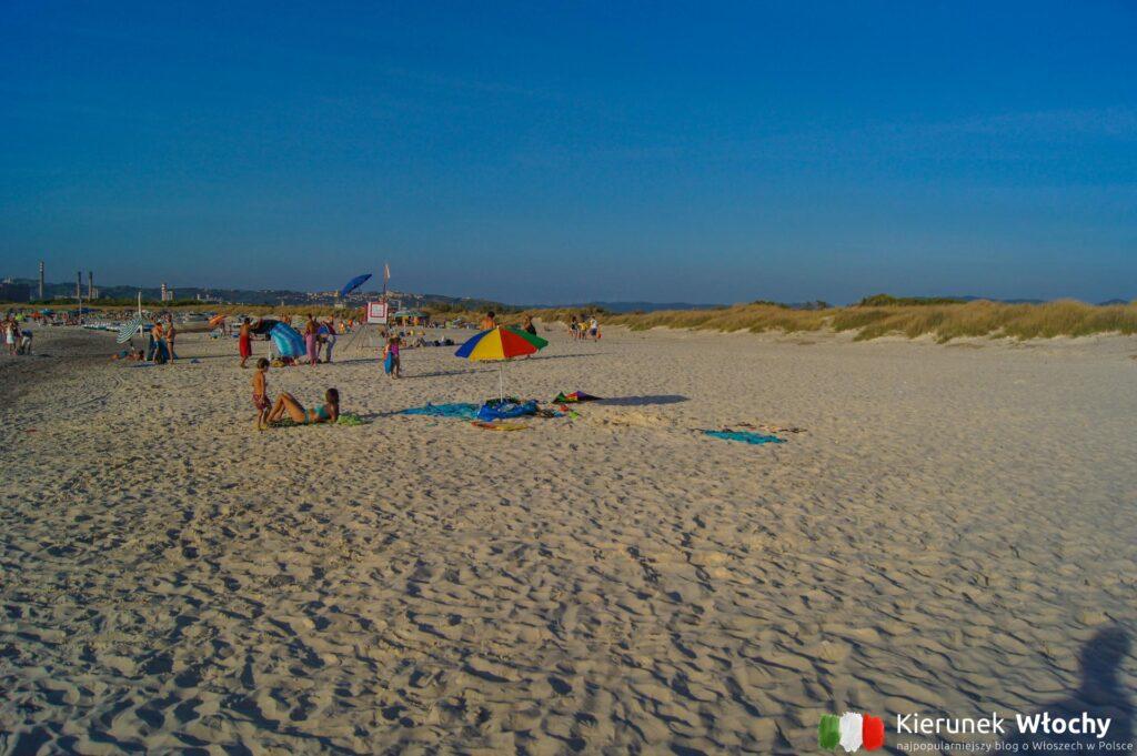 """Rosignano Marittimo / Vada - biała plaża w Toskanii, """"chemiczne Karaiby"""" (fot. Łukasz Ropczyński, kierunekwlochy.pl)"""