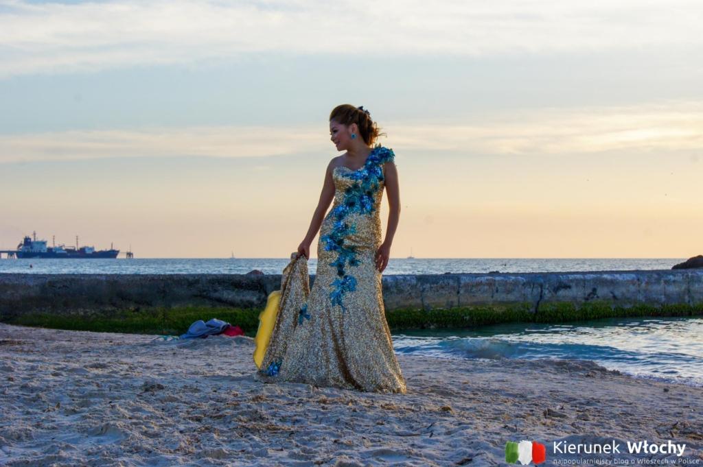 biała plaża w Toskanii przyciąga turystów z całego świata, nawet na sesje ślubne, Rosignano Marittimo / Vada (fot. Łukasz Ropczyński, kierunekwlochy.pl)