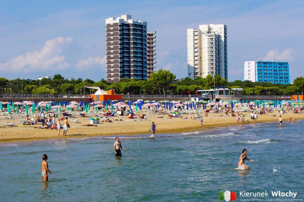 plaża w dzielnicy Lignano Pineta, Friuli - Wenecja Julijska, Włochy (fot. Łukasz Ropczyński, kierunekwlochy.pl)