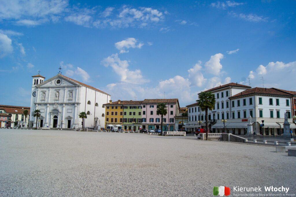 Piazza Grande, Palmanova, Friuli Wenecja Julijska, Włochy (fot. Łukasz Ropczyński, kierunekwlochy.pl)