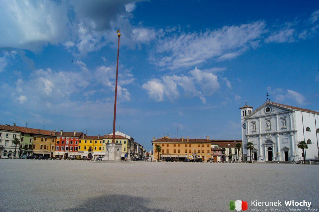 Piazza Granda w Palmanova, Friuli Wenecja Julijska, Włochy (fot. Łukasz Ropczyński, kierunekwlochy.pl)