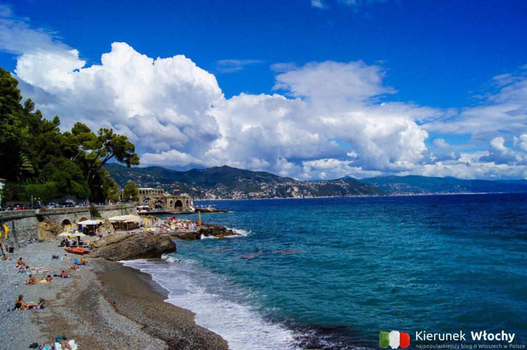 jedna z kilkunastu plaż około 1 km od Portofino, w kierunku Santa Margherita Ligure (fot. Łukasz Ropczyński, kierunekwlochy.pl)