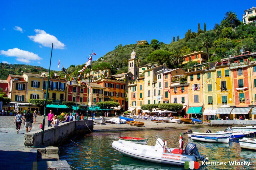 Piazzetta i niewielki port w Portofino, Liguria, Włochy (fot. Łukasz Ropczyński, kierunekwlochy.pl)