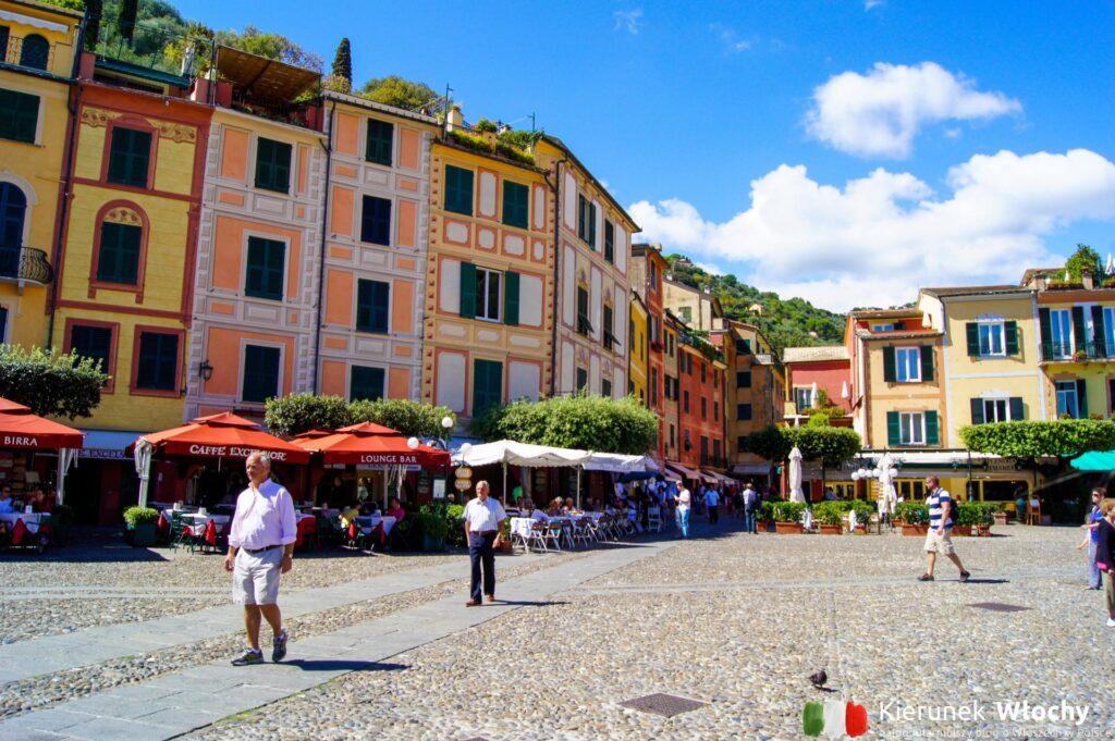 Piazzetta w Portofino, Liguria, Włochy (fot. Łukasz Ropczyński, kierunekwlochy.pl)