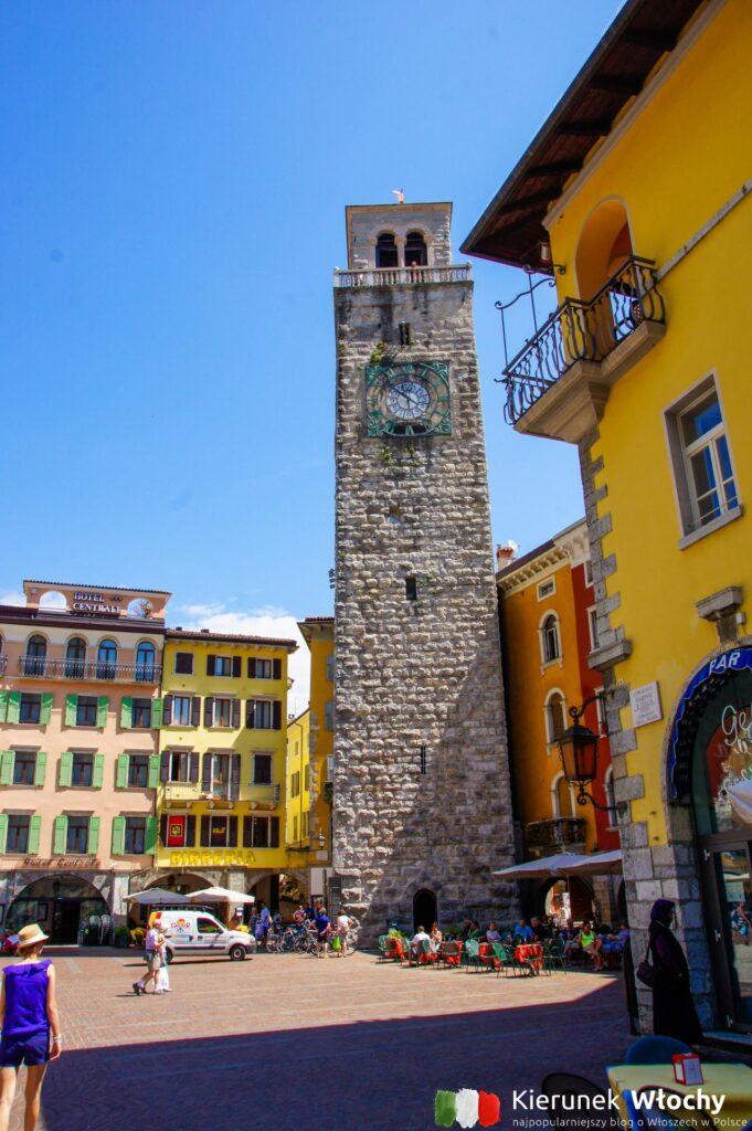 34-metrowa wieża Torre Apponale to najlepszy punkt widokowy na Riva del Garda (fot. Łukasz Ropczyński, kierunekwlochy.pl)
