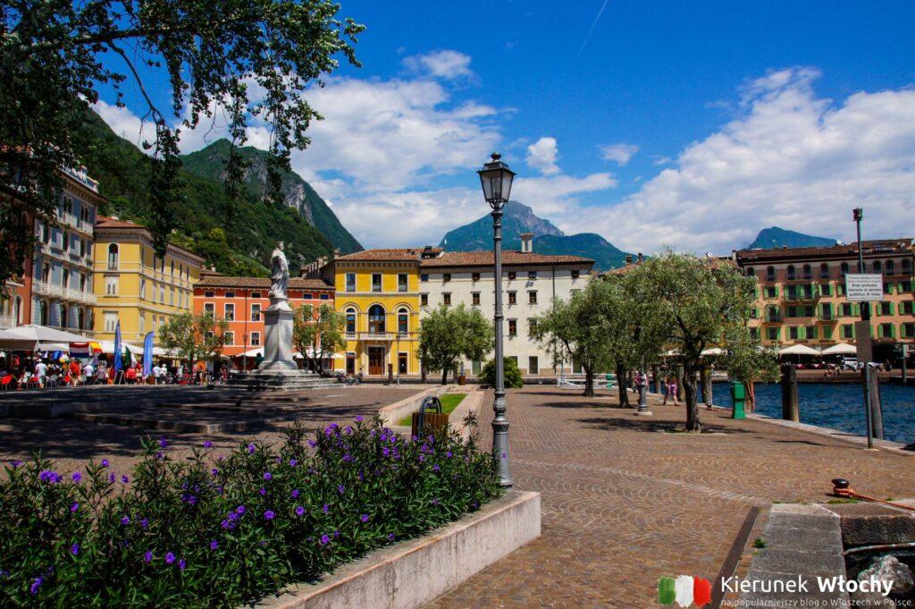 historyczne centrum Riva del Garda, Trentino, Włochy (fot. Łukasz Ropczyński, kierunekwlochy.pl)