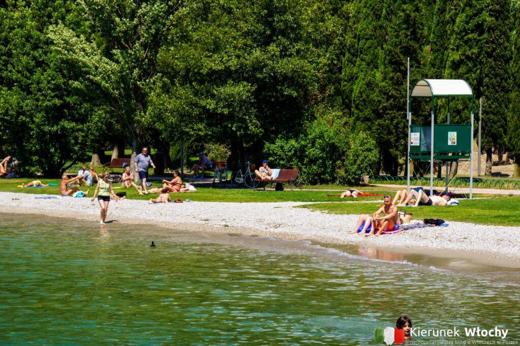 plaża Spiaggia Sabbioni, idealna dla rodzin z dziećmi (fot. Łukasz Ropczyński, kierunekwlochy.pl)