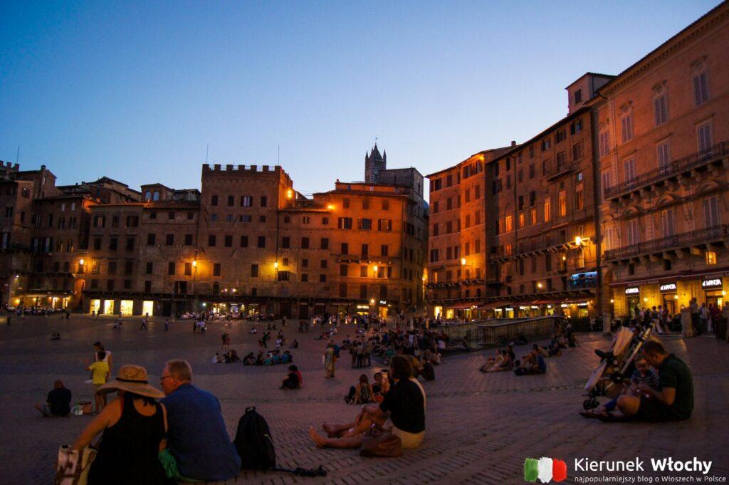 Piazza del Campo, Siena, Toskania, Włochy (fot. Łukasz Ropczyński, kierunekwlochy.pl)