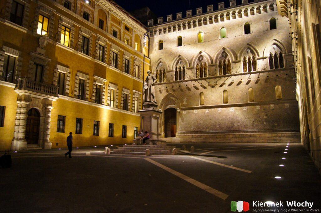 Piazza Salimbeni, Siena, Toskania, Włochy (fot. Łukasz Ropczyński, kierunekwlochy.pl)