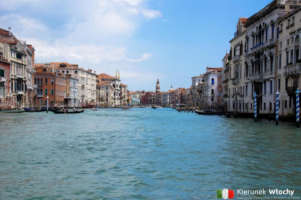 widok na Canal Grande z tramwaju wodnego, Wenecja, Włochy (fot. Łukasz Ropczyński, kierunekwlochy.pl)