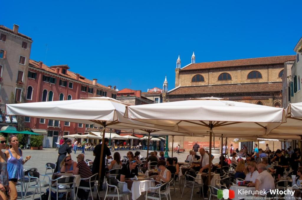 plac Campo Santo Stefano, Wenecja, Włochy (fot. Łukasz Ropczyński, kierunekwlochy.pl)