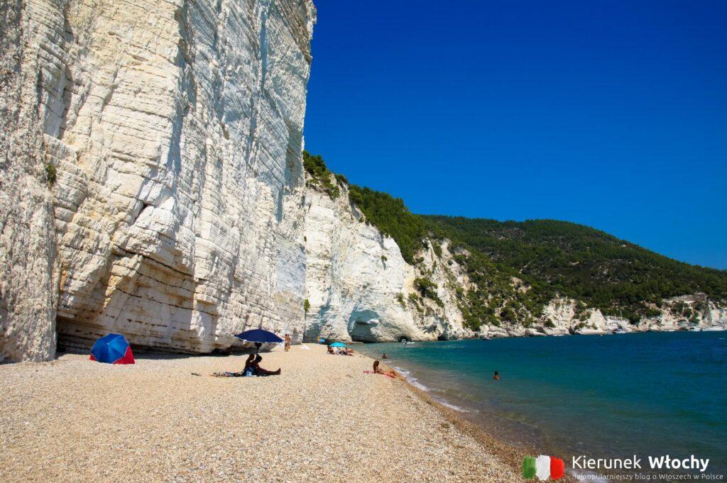 Spiaggia di Vignanotica, półwysep Gargano, Apulia, Włochy (fot. Łukasz Ropczyński, kierunekwlochy.pl)