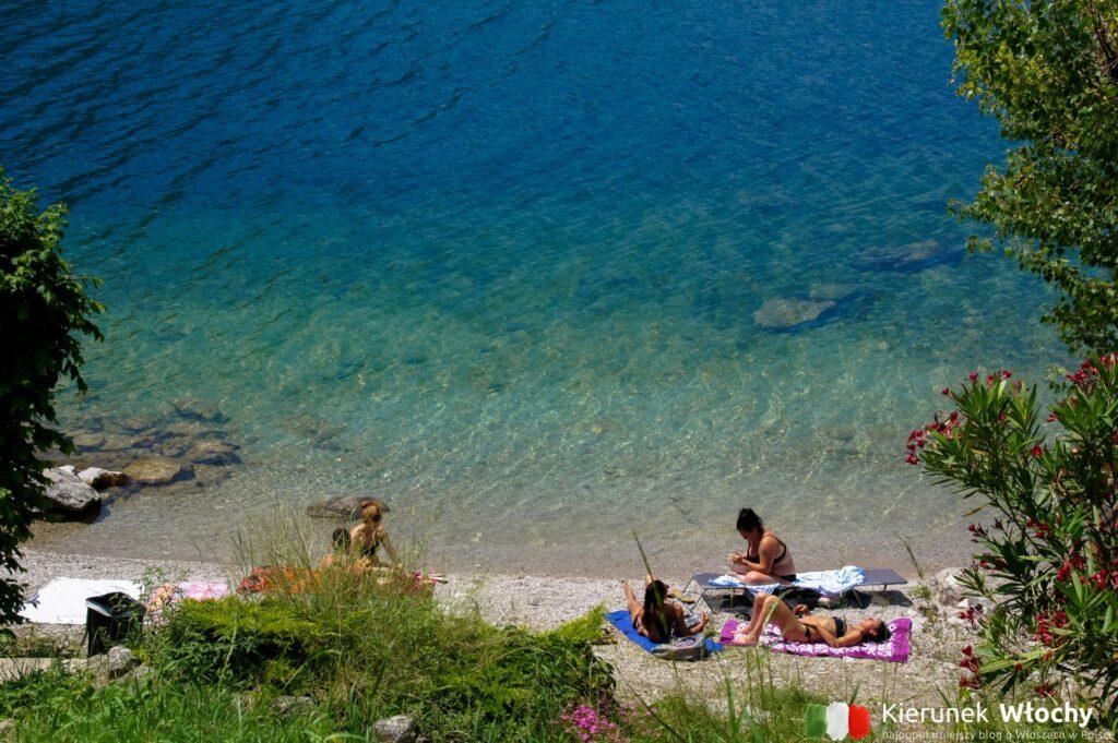 Spiaggia Pradello, jezioro Como, Włochy (fot. Łukasz Ropczyński, kierunekwlochy.pl)