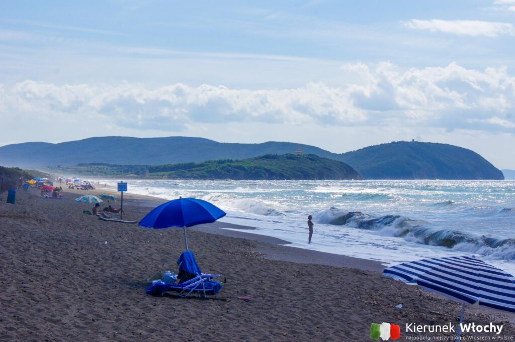 plaża naturystyczna w Parco Costiero Di Rimigliano, wejście numer 9 w pobliżu San Vincenzo, najpiękniejsze plaże Toskanii (fot. Łukasz Ropczyński, kierunekwlochy.pl)