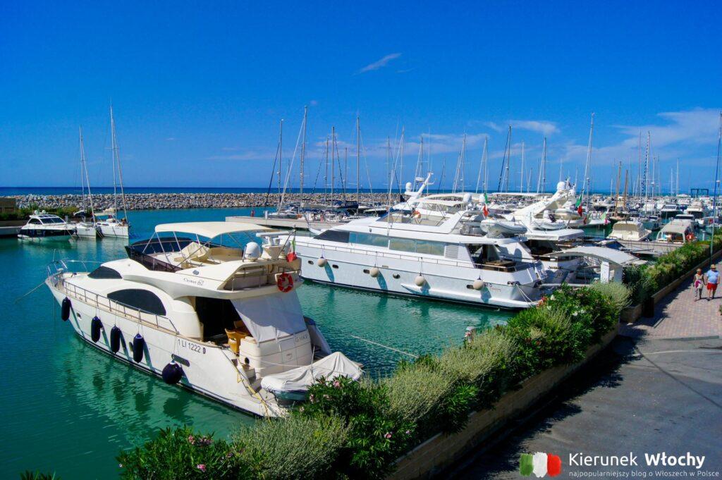 port w San Vincenzo, najpiękniejsze plaże Toskanii (fot. Łukasz Ropczyński, kierunekwlochy.pl)