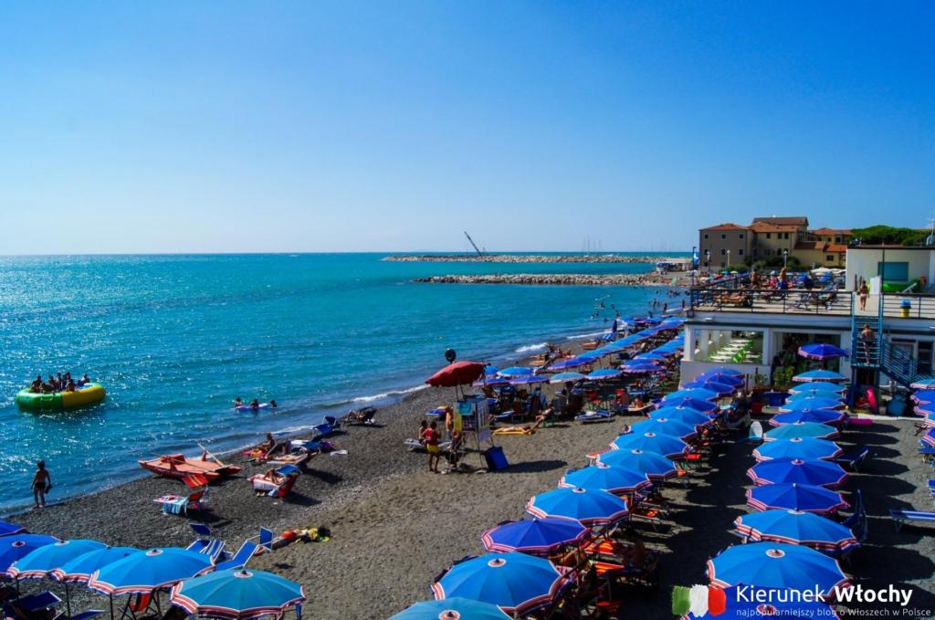 plaża w Marina di Cecina, wybrzeże Toskanii, Włochy (fot. Łukasz Ropczyński, kierunekwlochy.pl)