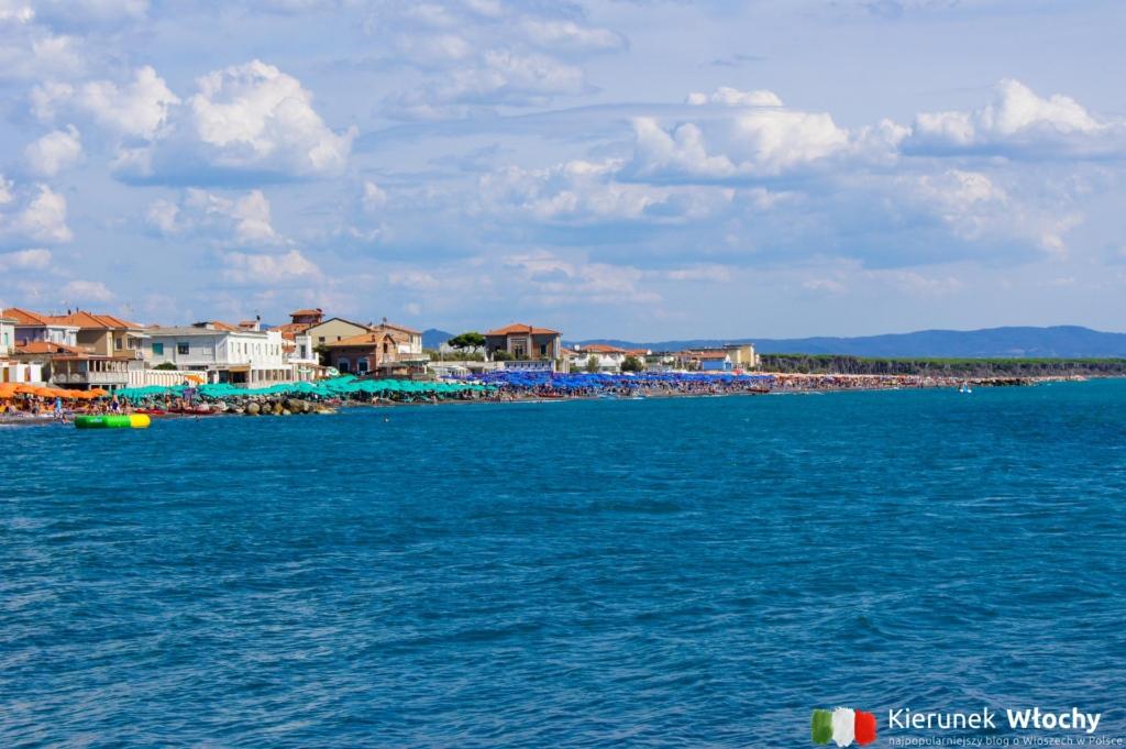widok z falochronu na Marina di Cecina, Toskania (fot. Łukasz Ropczyński, kierunekwlochy.pl)