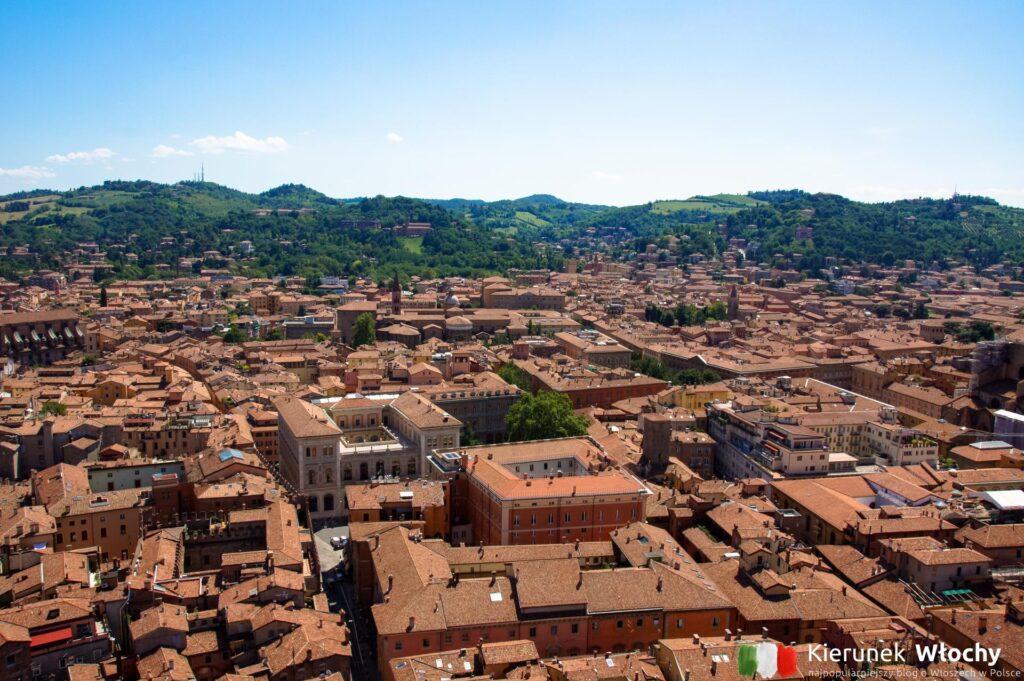 Bolonia, widok na miasto z Torre degli Asinelli, Emilia-Romania, Włochy (fot. Łukasz Ropczyński, kierunekwlochy.pl)