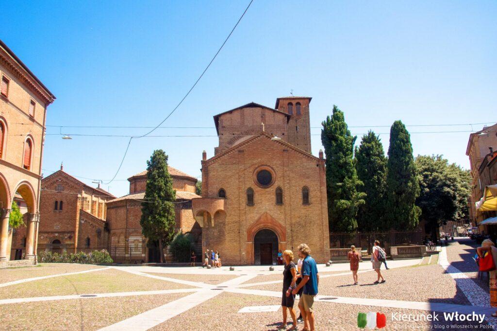 Bazylika Santo Stefano - jeden z najpiękniejszych kościołów w Bolonii (fot. Łukasz Ropczyński, kierunekwlochy.pl)