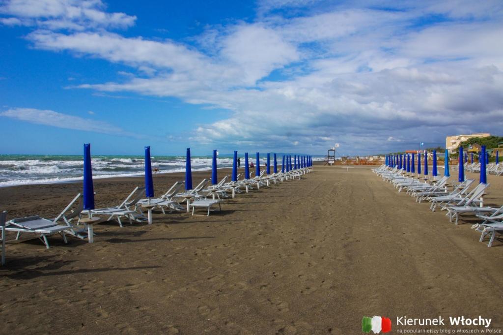 miejska plaża w Castagneto (fot. Łukasz Ropczyński, kierunekwlochy.pl)