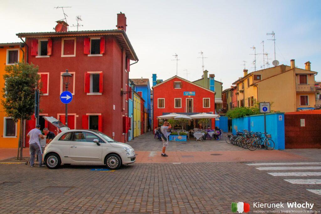 historyczne centrum Caorle, wybrzeże Adriatyku, Włochy (fot. Łukasz Ropczyński, kierunekwlochy.pl)