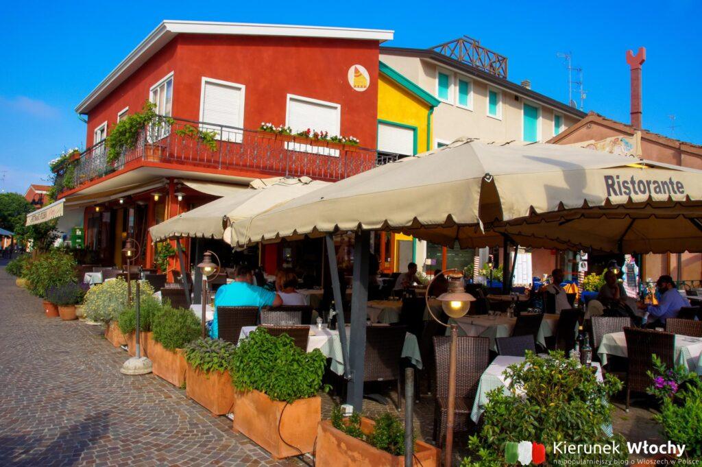 jedna z dziesiątek restauracji na starówce (fot. Łukasz Ropczyński, kierunekwlochy.pl)