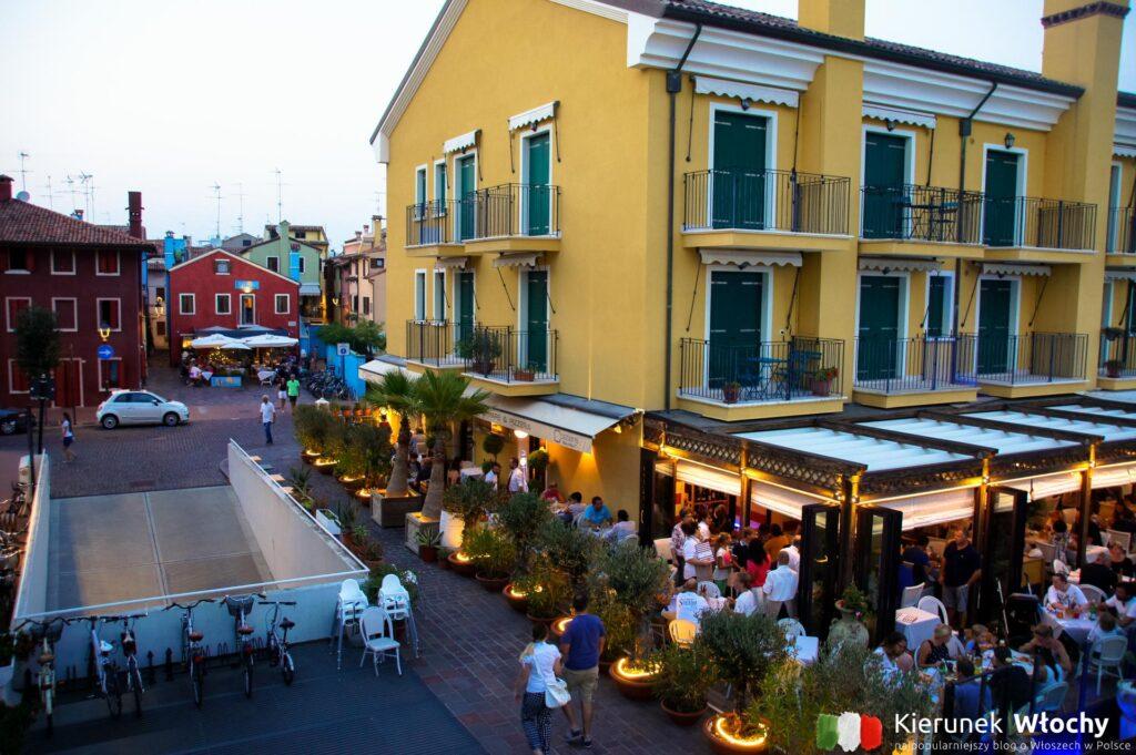 wieczór w Caorle, Veneto, Włochy (fot. Łukasz Ropczyński, kierunekwlochy.pl)