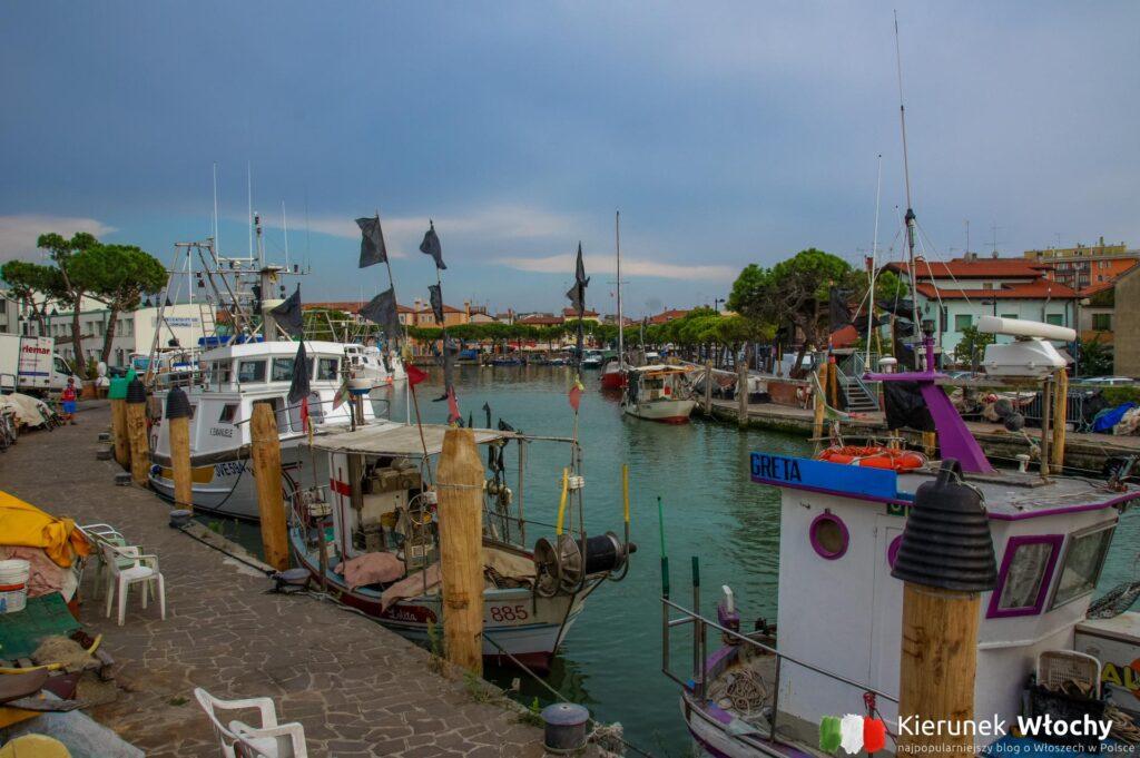 port w Caorle, Veneto, Włochy (fot. Łukasz Ropczyński, kierunekwlochy.pl)