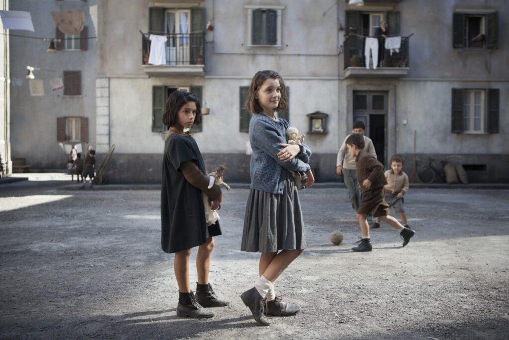 """włoski serial """"Genialna przyjaciółka"""""""