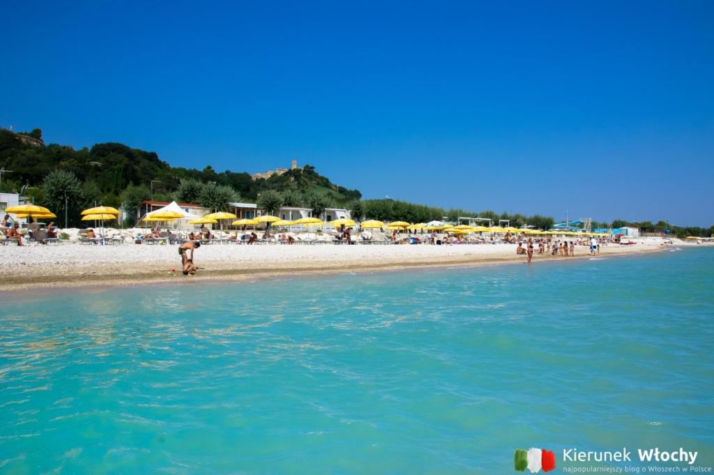 plaża na Girasole Eco Family Village - kemping nad Adriatykiem (fot. Łukasz Ropczyński, kierunekwlochy.pl)