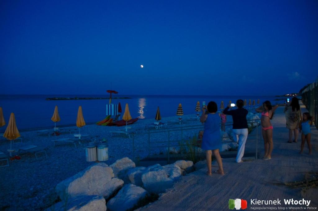 zaćmienie księżyca w 2018 r., Girasole Eco Family Village - najlepszy kemping nad Adriatykiem na jakim byliśmy (fot. Łukasz Ropczyński, kierunekwlochy.pl)