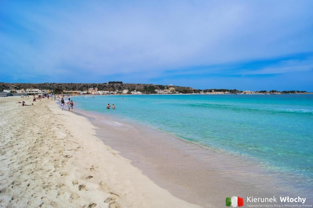 plaża w San Vito Lo Capo, Sycylia, wakacje we Włoszech (fot. Łukasz Ropczyński, kierunekwlochy.pl)