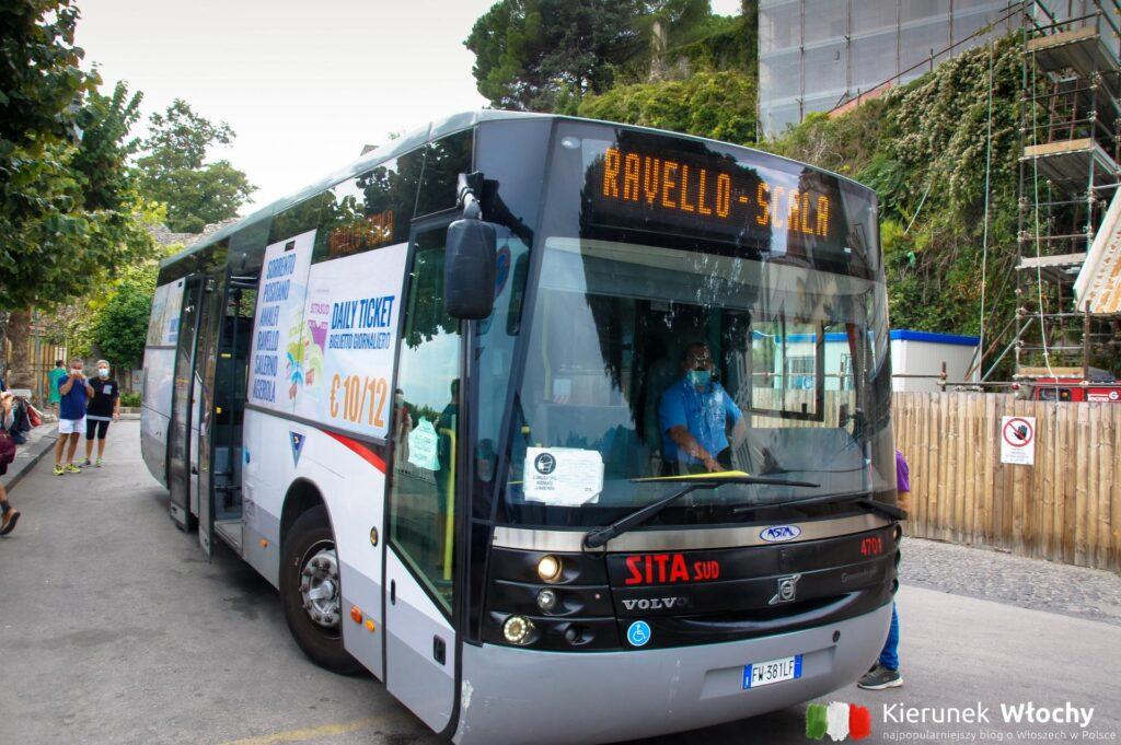 z Amalfi do Ravello najłatwiej dostać się autobusem, Costiera Amalfitana, Włochy (fot. Łukasz Ropczyński, kierunekwlochy.pl)