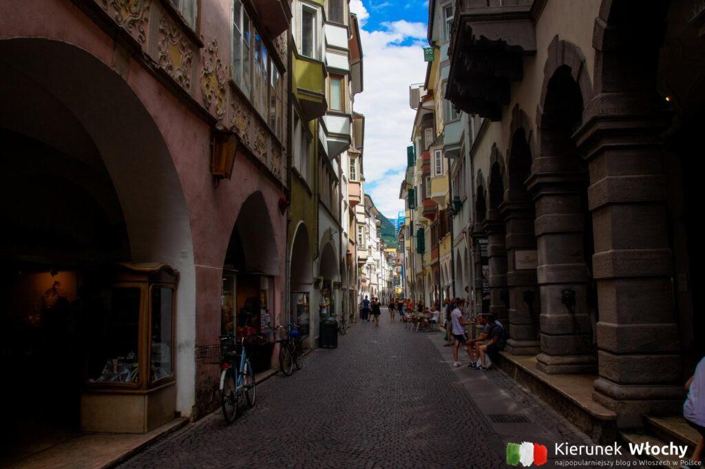 Via dei Portici, Bolzano, Południowy Tyrol, Włochy (fot. Ł. Ropczyński, kierunekwlochy.pl)