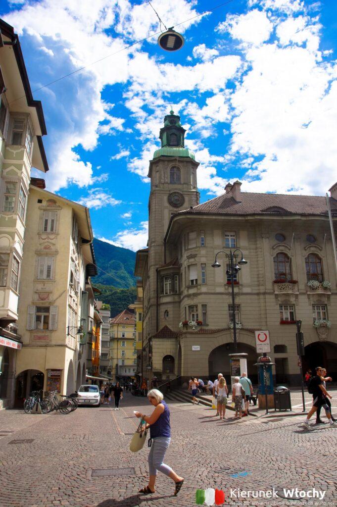 Plac Ratuszowy, Bolzano, Południowy Tyrol, Włochy (fot. Ł. Ropczyński, kierunekwlochy.pl)
