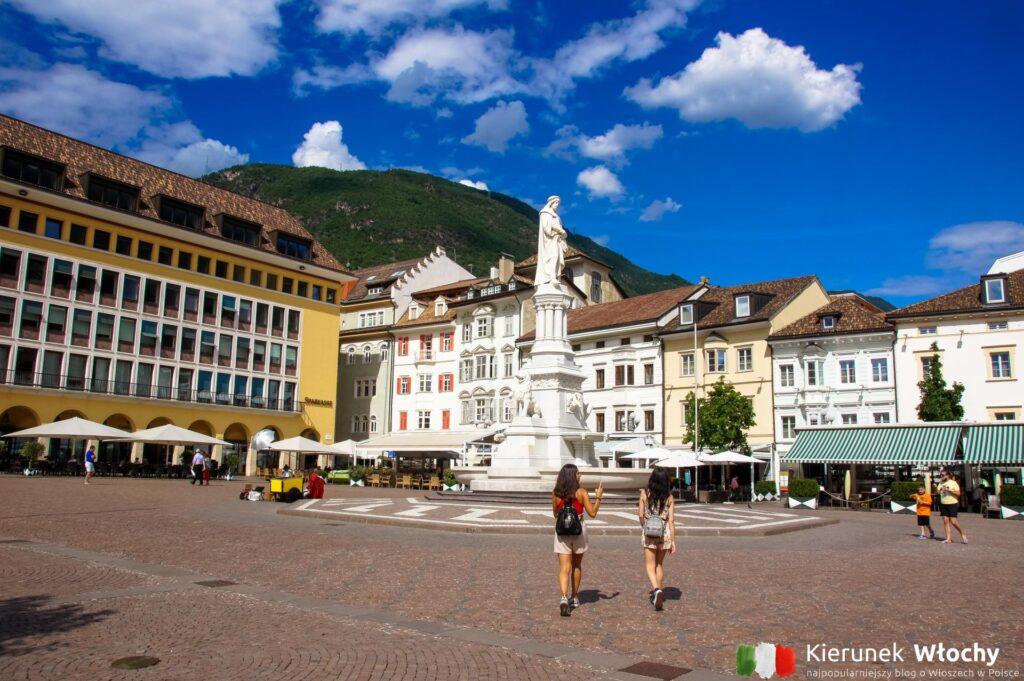 Piazza Walther, Bolzano, Włochy (fot. Ł. Ropczyński, kierunekwlochy.pl)