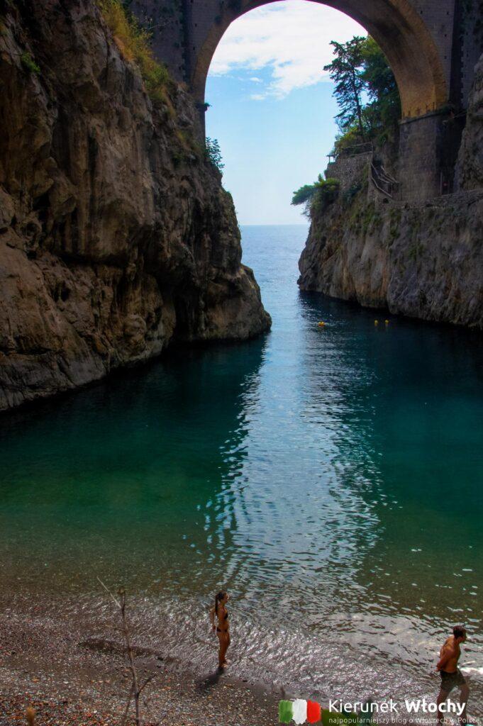 Plaża Fiordo di Furore, Wybrzeże Amalfi (fot. Ł. Ropczyński, kierunekwlochy.pl)