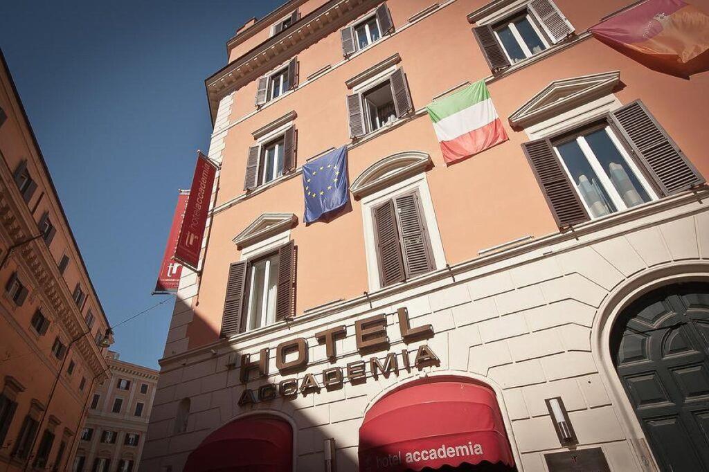 Rzym gdzie spać? Hotel Accademia w historycznym centrum Rzymu