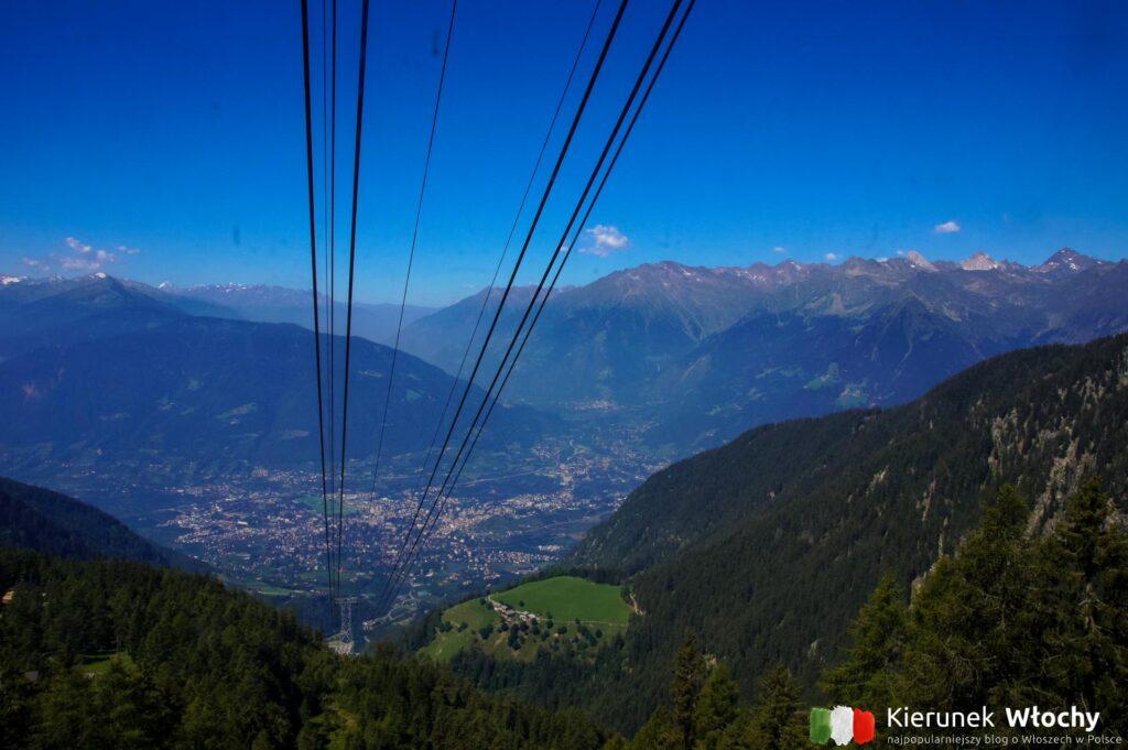 widok z wagonika na kolejce Meran 2000, Południowy Tyrol, Włochy (fot. Ł. Ropczyński, kierunekwlochy.pl)