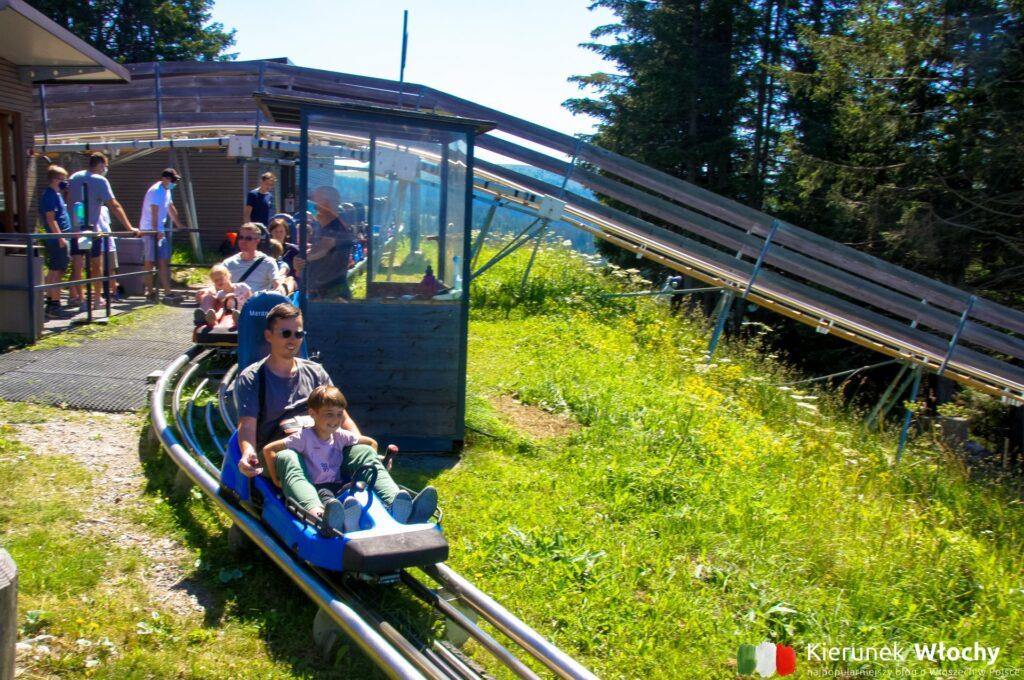 nasz pierwszy zjazd na torze Alpinbob, Południowy Tyrol, Włochy (fot. Ł. Ropczyński, kierunekwlochy.pl)