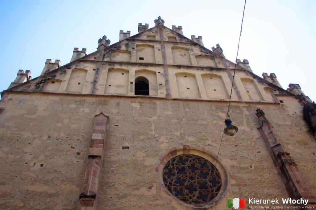 gotycka fasada kościoła św. Mikołaja (fot. Ł. Ropczyński, kierunekwlochy.pl)