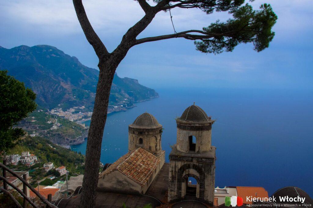widok z Ravello na Wybrzeże Amalfi, Włochy (fot. Łukasz Ropczyński, kierunewlochy.pl)