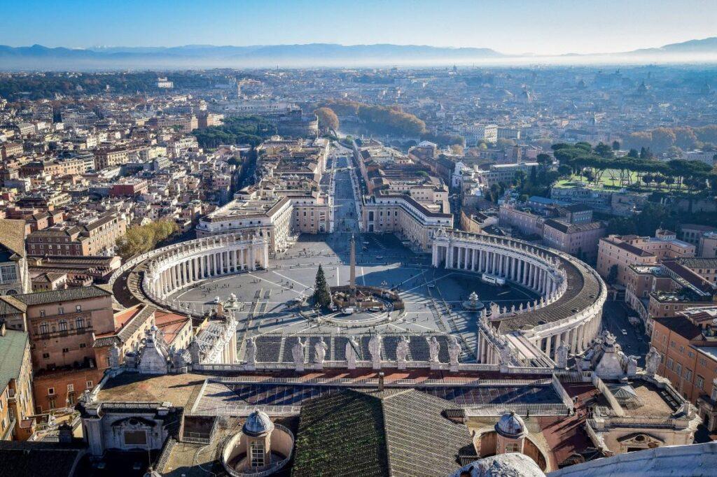 widok na Rzym z kopuły Bazyliki św. Piotra, Watykan (fot. Teseum)