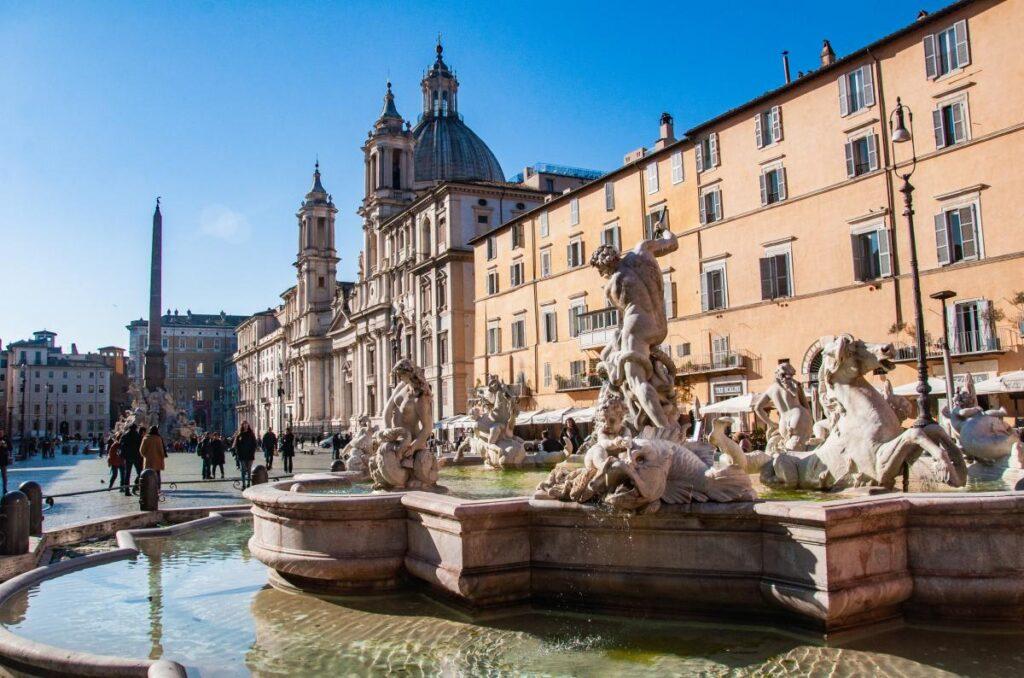 Fontanna del Moro, Piazza Navona, Rzym, Włochy (fot. Sarah Nichols)