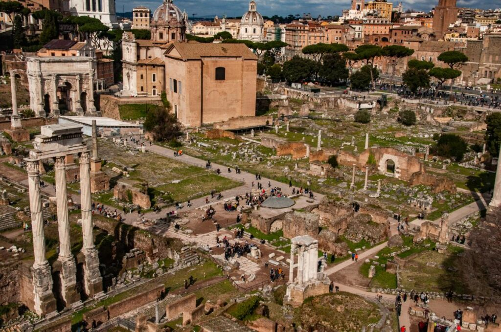 Forum Romanum, Rzym (fot. Sarah Nichols)