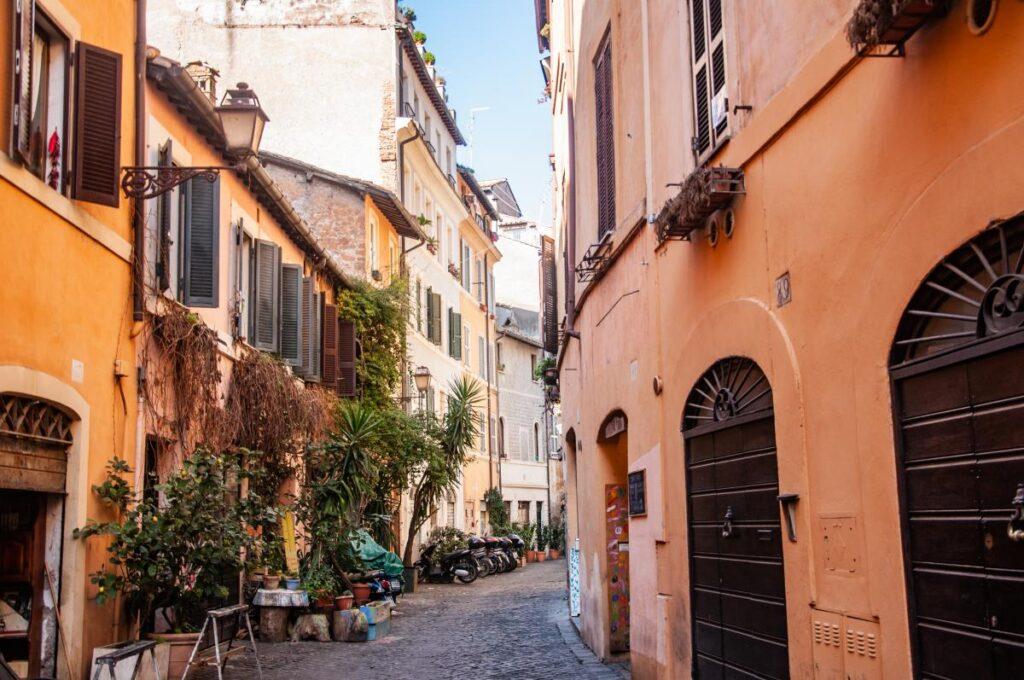 Via Dei Cappellari, Rzym, Włochy (fot. Sarah Nichols)