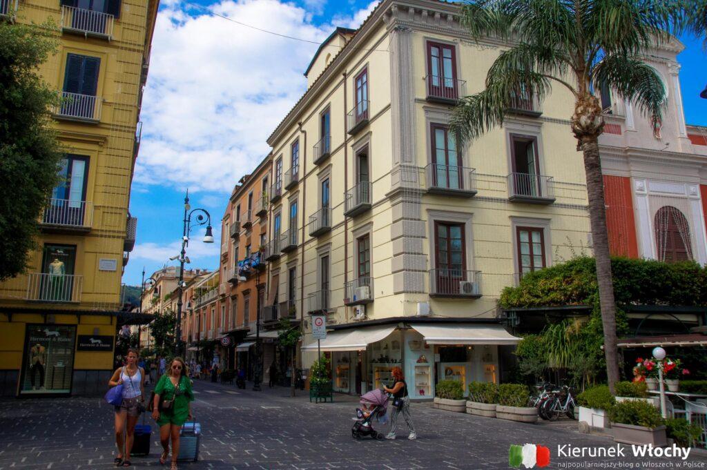 Piazza Tasso, Sorrento, Włochy (fot. Ł. Ropczyński, kierunekwlochy.pl)