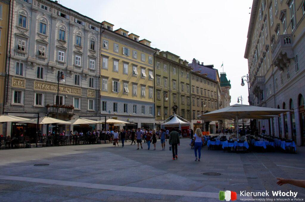 Piazza del Borsa w Trieście, Włochy (fot. Łukasz Ropczyński, kierunekwlochy.pl)